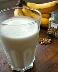 কলা লস্যি (Banana Lassi)